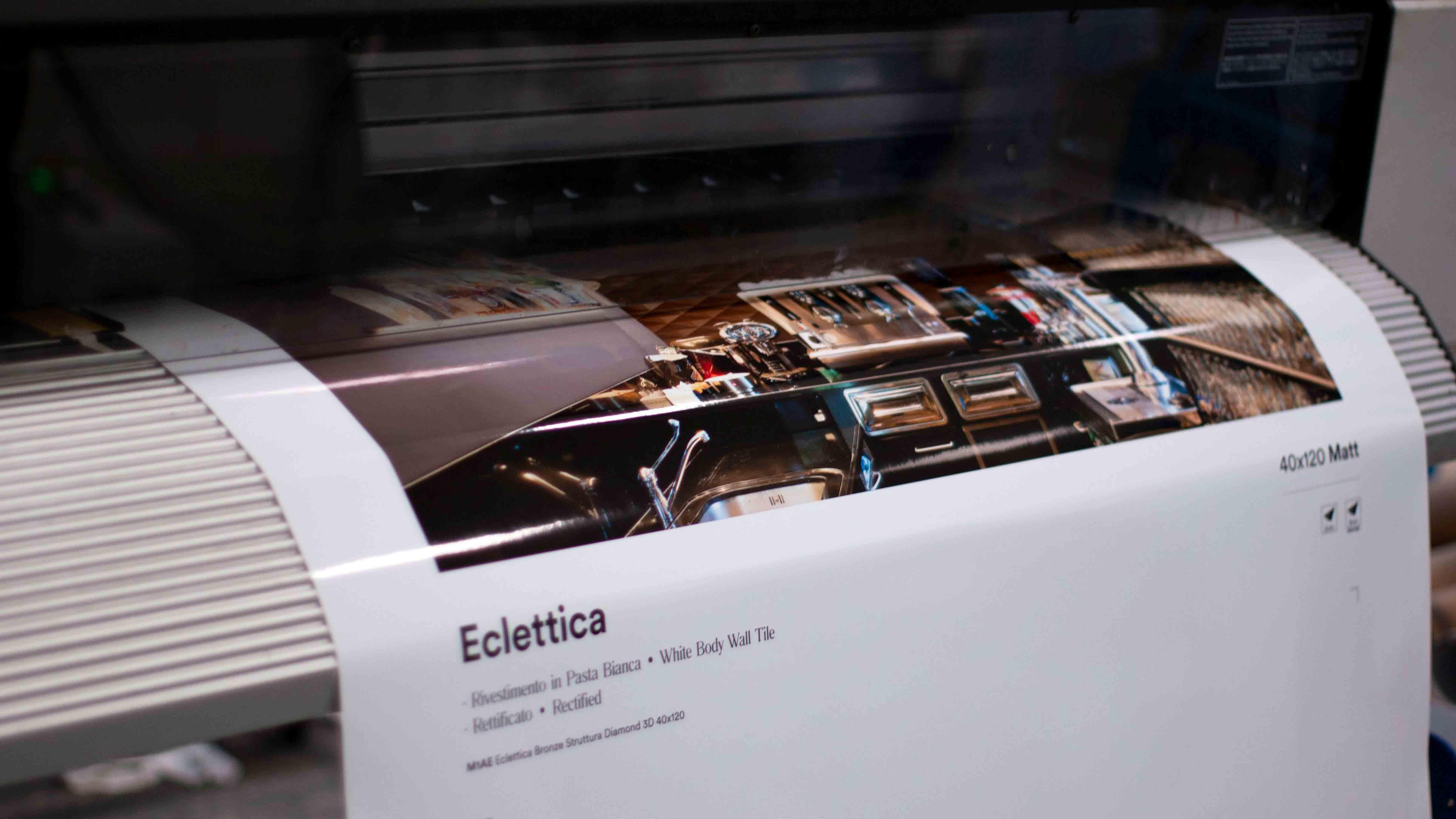 stampa digitale pannelli espositivi per ceramica