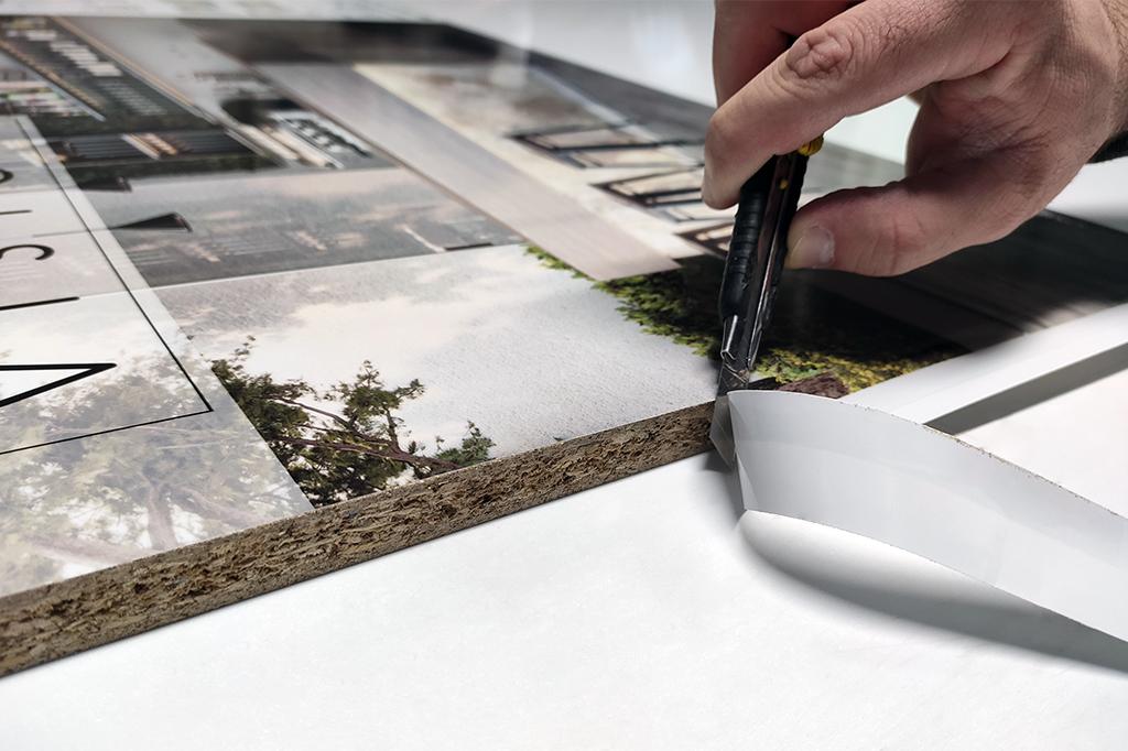 Fase 4 : Finitura dei pannelli espositivi per piastrelle
