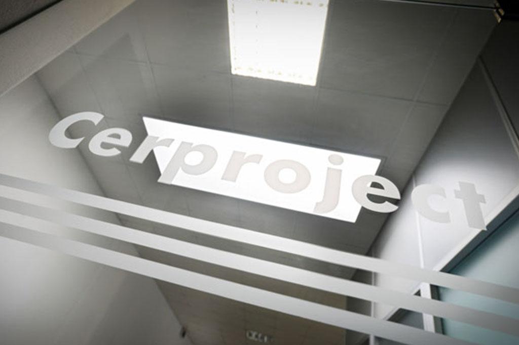 vetrofania applicata su vetro